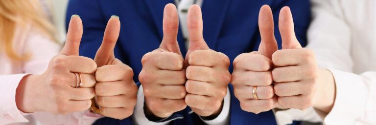 Jak doceniać i chwalić pracowników?